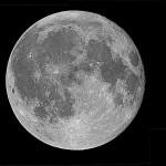 """Luna piena - Mosaico di 6 immagini riprese con LX200 10"""" @f/10 e Canon 400D; montaggio con Astrostitch; elaborazione con PSP; risoluzione (ridotta) 1400x1149."""