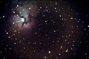 M20 - Nebulosa Trifida. Somma di due immagini da 10 minuti con Canon 400D e LX200; autoguida con ST-4; elaborazione con IRIS