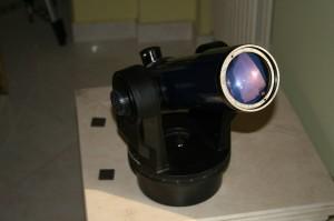 Il più piccolo della compagnia, l'ultimo arrivato (febbraio 2008): l'ETX-70, su montatura (appena decente nel visuale!) computerizzata. Si tratta di un rifrattore da 70mm f/5, utilizzato a volte sulla Luna, con risultati decenti.